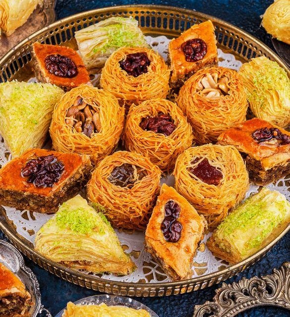Set oriental sweets on a round tray